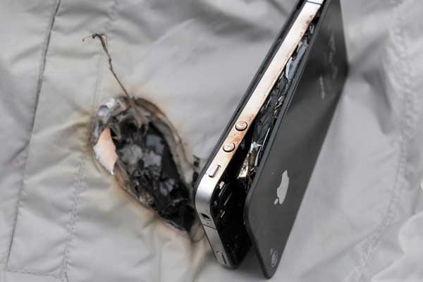 iphone explodes while charging